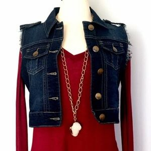Jackets & Blazers - Distressed denim short vest NWT